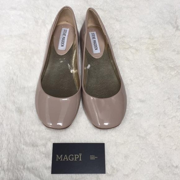3043ac9c0e1 Steve Madden Shoes - Steve Madden Patent Molle Ballet Flat